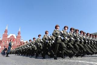 Парад  войск Уссурийского гарнизона