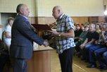 Администрация УГО поздравила работников картонного комбината с профессиональным праздником