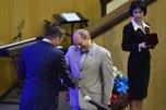 Почетное звание «Заслуженный врач РФ» получил заведующий хирургическим отделением Уссурийской ЦГБ