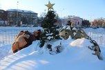 Праздничные инсталляции, украшавшие центральную площадь Уссурийска, демонтируют сегодня