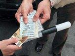 В Приморском крае половина автомобилистов брали бы взятки на месте гаишников