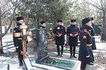 Память героя-уссурийца, погибшего в Афганистане, почтили на городском кладбище