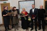Персональная выставка известного художника открылась в Уссурийске