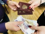 Жительница Уссурийска обманула четверых уроженцев Узбекистана