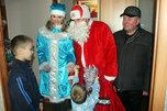 Полицейский Дед Мороз поздравил детей из подучетных семей в Уссурийске