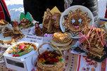 Блинный фестиваль с песнями и плясками прошел в Уссурийске