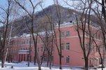 В приморском госпитале для пациентов с COVID-19 нет отопления, в палатах +10