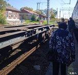 Электричка Владивосток – Спасск-Дальний застряла под Уссурийском из-за обрыва контактного провода