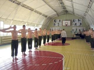 Новый спортзал для военнослужащих открыли в Уссурийске