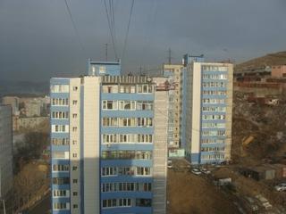 Свыше 200 детей-сирот в Приморье получили жилье в 2012 году