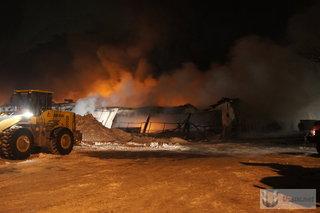 Пожар на складе китайской обуви в Уссурийске. Фото