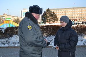 Сотрудники уссурийской полиции проводят акцию «Безопасный Новый год»