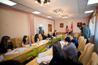 Глава УГО около двух часов общался с представителями средств массовой информации