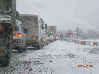 Пробка протяженностью 7 километров образовалась на федеральной трассе М60 «Владивосток-Уссурийск»