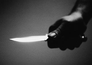 Мужчина пырнул ножом своего товарища в Уссурийске