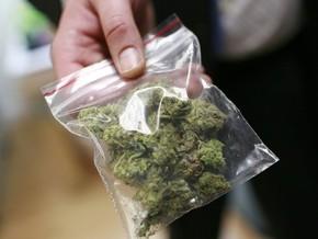Бывший сотрудник полиции задержан за сбыт и незаконное хранение наркотиков