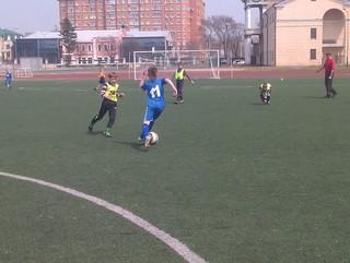 Уссурийские футбольные команды встретились в товарищеском матче