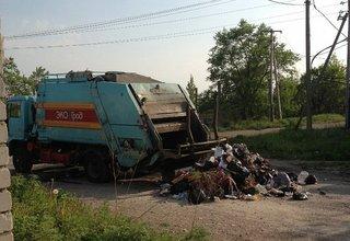 Уссурийский водитель мусоровоза требует опровержения