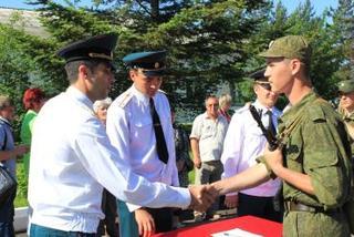 156 бойцов приняли присягу в Уссурийске