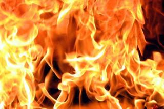 Строительный вагончик горел в Уссурийске