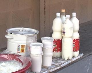 Ветинспекторы борются с сельскими торговцами молоком