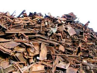 700 килограммов металла украл монтёр путей в Уссурийске
