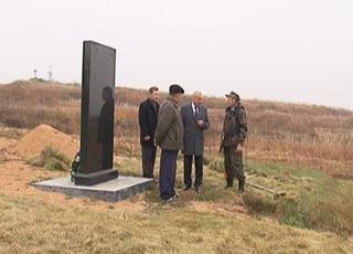 Фамилии умерших солдат на Черняховском захоронении станут известны всем