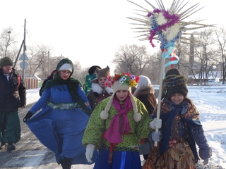 «Черти» разгуливают по улицам села Воздвиженка под Уссурийском