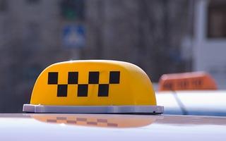 Пассажир напал на таксиста в Уссурийске