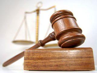 4 года получил заведующий адвокатской конторой за мошенничество в Уссурийске