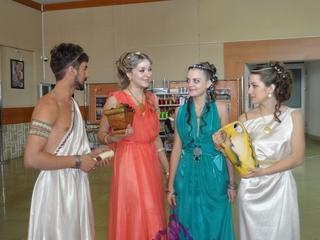 Весеннее настроение парикмахеров Уссурийска нашло отражение в прическах