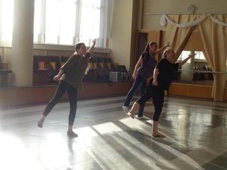 Беременный хоровод: дамы в положении в Уссурийске вышли на танцпол