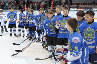 Юные хоккеисты из Уссурийска стали победителями краевого турнира