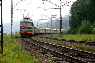 Житель Уссурийска попал под электропоезд на станции Угольная
