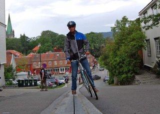 Эскалатор для велосипедистов в Норвегии