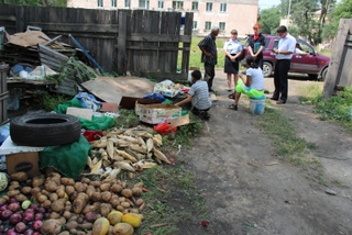 Двое несовершеннолетних детей живут в ужасных условиях в Уссурийске