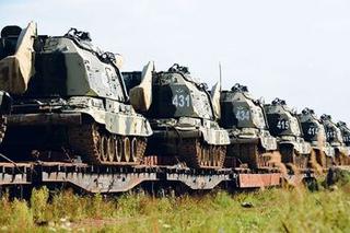 В Уссурийске грузят военные эшелоны
