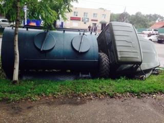 Водитель автомашины ГАЗ 3308 сбил насмерть девушку в Уссурийске