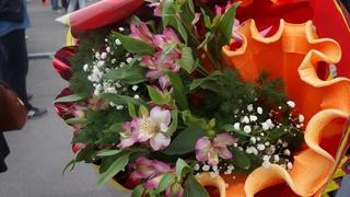 Праздничную программу ко Дню матери покажут в Уссурийске