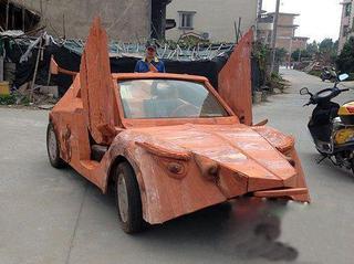 Китайский умелец создал электромобиль Lamborghini из красного дерева