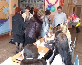 Выпускники абрамовской школы встретились на дне рождении села