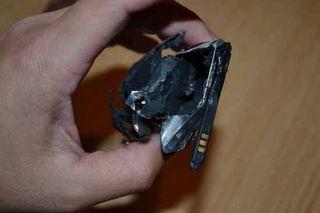 Samsung GALAXY Ace 2 взорвался рядом с кроватью своей хозяйки