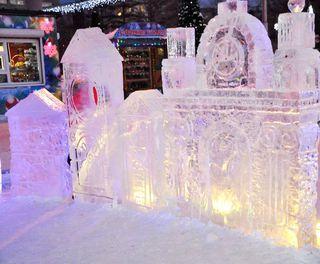 Ледовый городок открылся на центральной площади Уссурийска