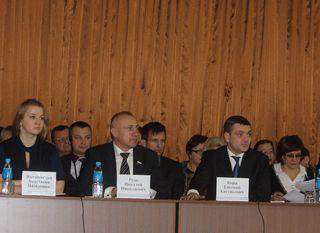 Более ста человек пришли на встречу с главой администрации в микрорайоне «Междуречье»