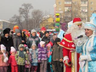 Новогодние народные гуляния не прекращаются в Уссурийске