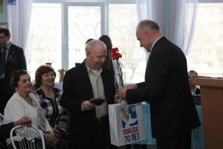 В УГО продолжается награждение медалями «70 лет Победы в Великой Отечественной войне»