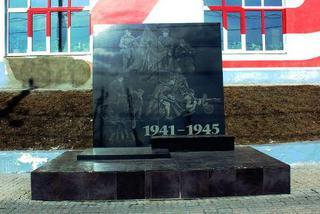 Уссурийцы примут участие в месячнике восстановления памятников Великой Отечественной войны