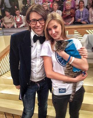 Знаменитая кошка Матроска из Владивостока сделала селфи с Андреем Малаховым