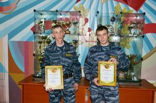 Сотрудники ЧОП помогли задержать грабителей салона сотовой связи в Уссурийске