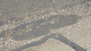 В Уссурийске проводят «ямочный» ремонт, а автомобилисты по-прежнему недовольны